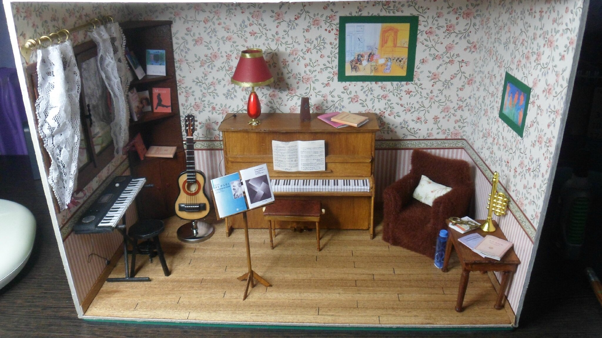 Le salon de musique photo de mes miniatures mes for Le salon de musique