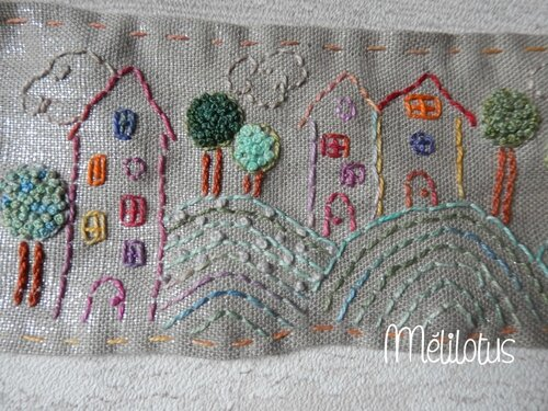 Broderie Maisons2
