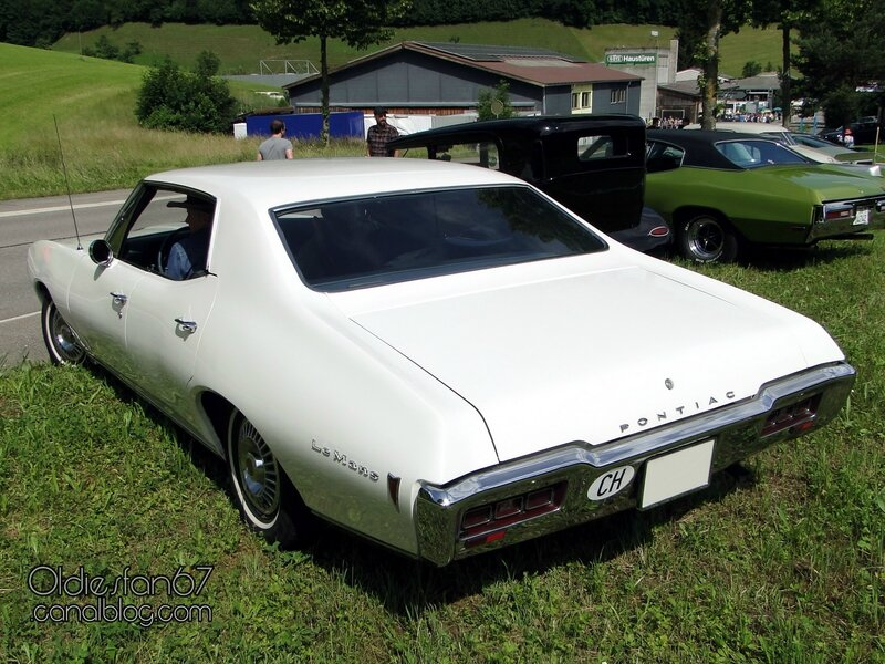pontiac-lemans-hardtop-sedan-1968-2