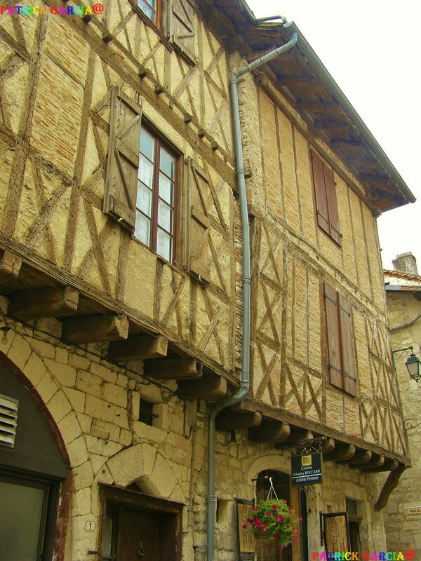 MONTCUQ LOT 038 copie