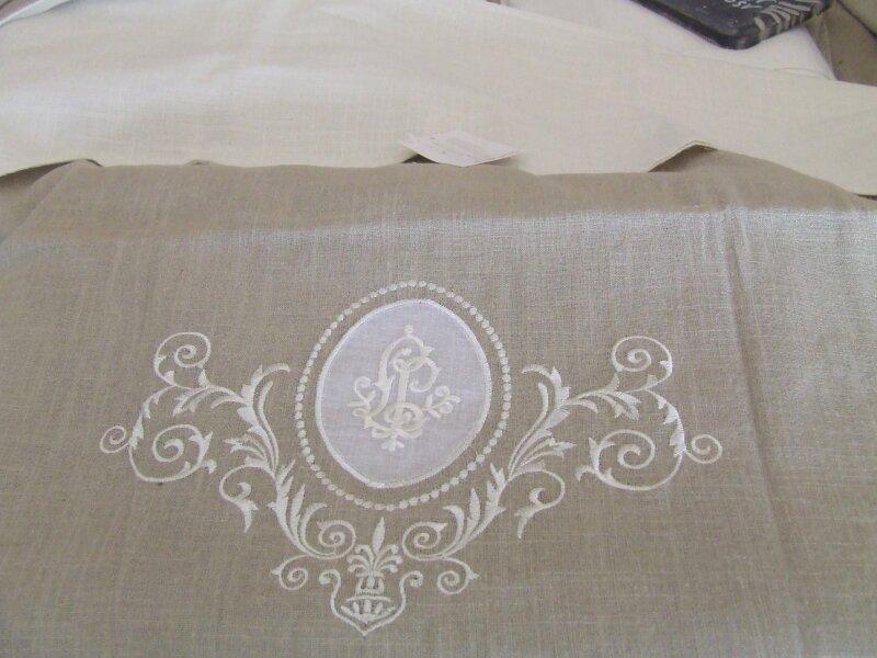 Versaille lin photo de les rideaux charme d 39 autrefois for Autrefois decoration