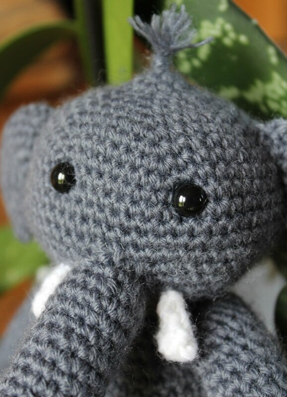 crochetelephantagatherose7