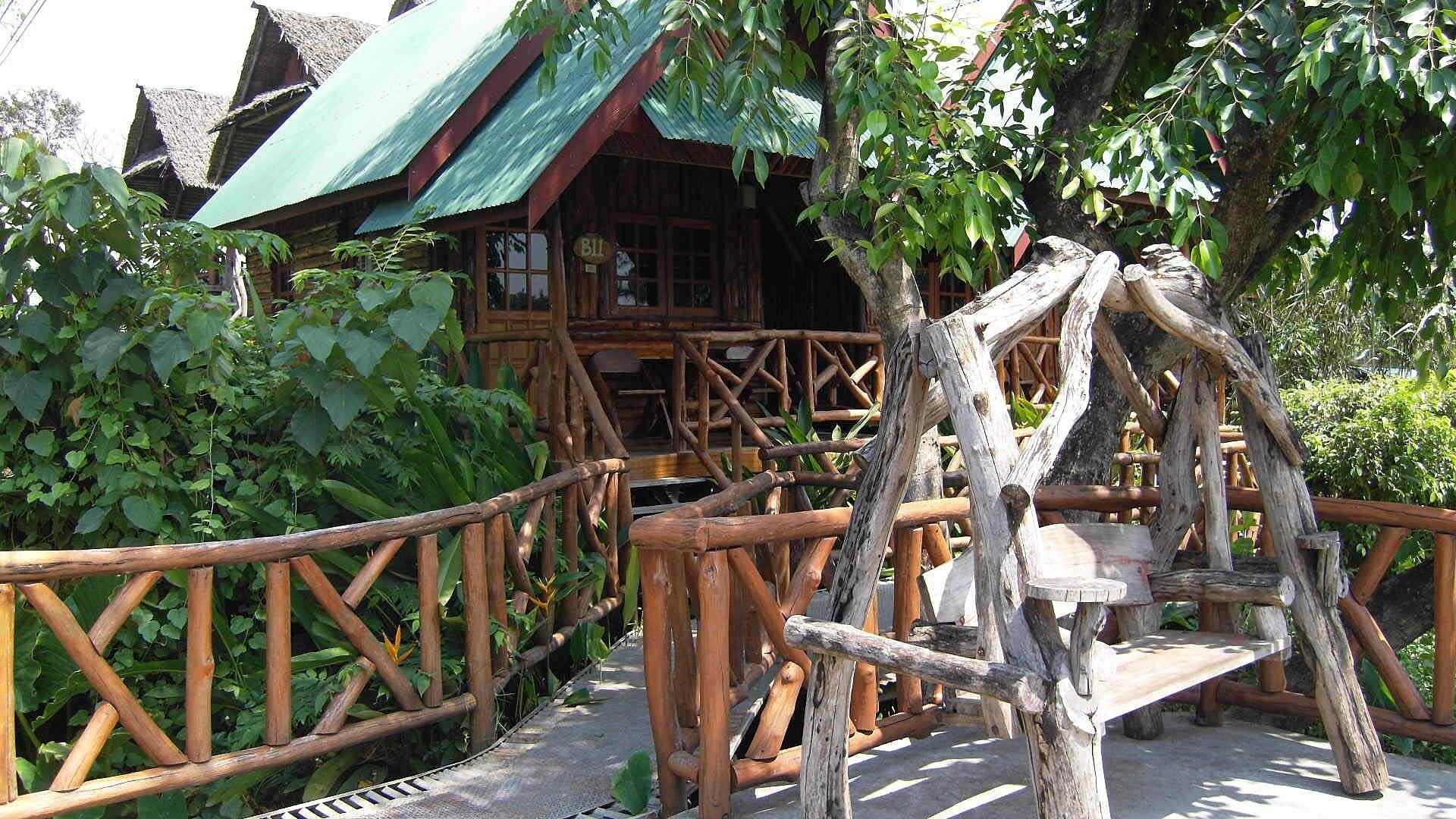 Kanchanaburi_premier bungalow