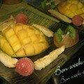 Mangue et son dénoyauteur : assiette de fruits frais pour la santé
