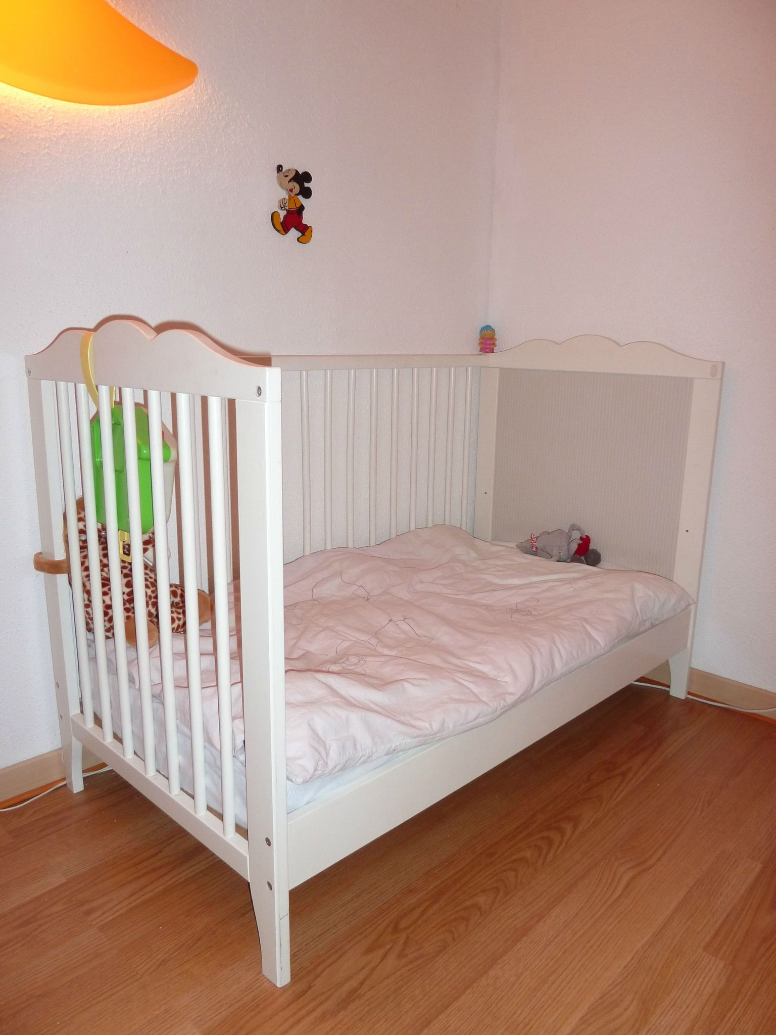 fabulous ikea chambre hensvik enfant dududu with lit pour enfant ikea. Black Bedroom Furniture Sets. Home Design Ideas