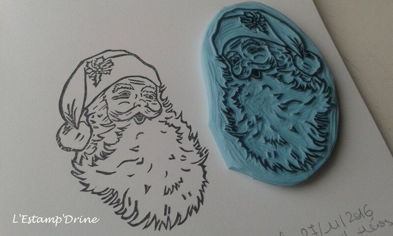 pere noel tampon gomme grave main