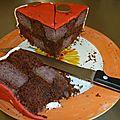 The gâteau damier choco-fruits rouges