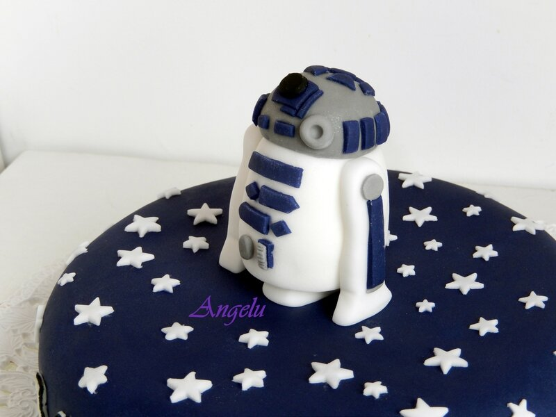 g teau star wars r2d2 ma petite patisserie contact isilda. Black Bedroom Furniture Sets. Home Design Ideas