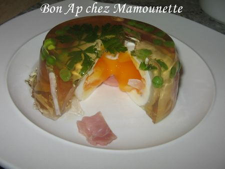Oeufs_en_gel_e_au_mad_re_et_amuse_gueule_029