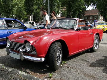 Triumph tr4 roadster 1961 à 1965 Retrorencard 1