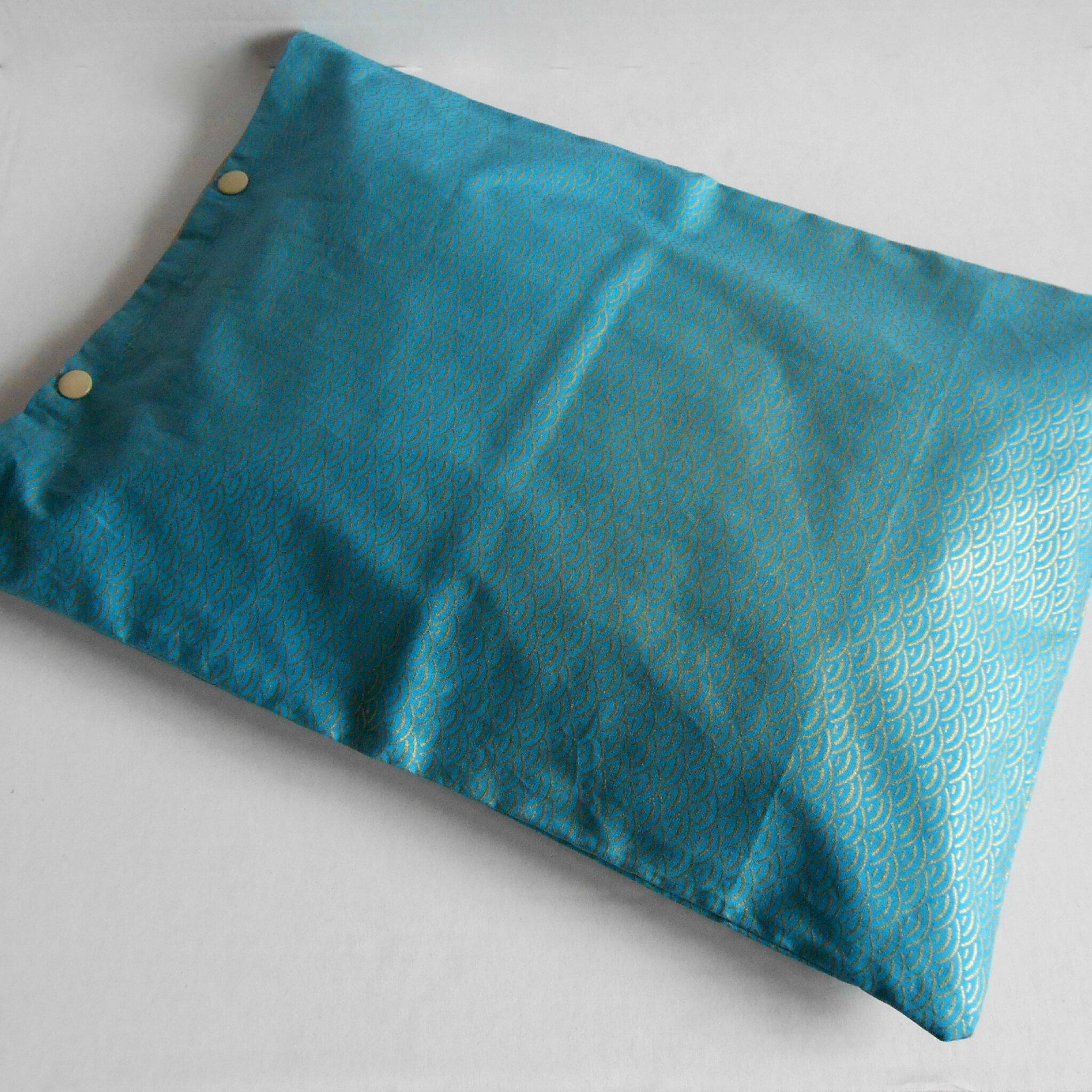 Pochette lingerie vagues bleues