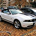 Ford mustang convertible de 2011 (Retrorencard novembre 2011) 01