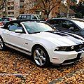 Ford mustang convertible de 2011 (Retrorencard novembre 2011) 01