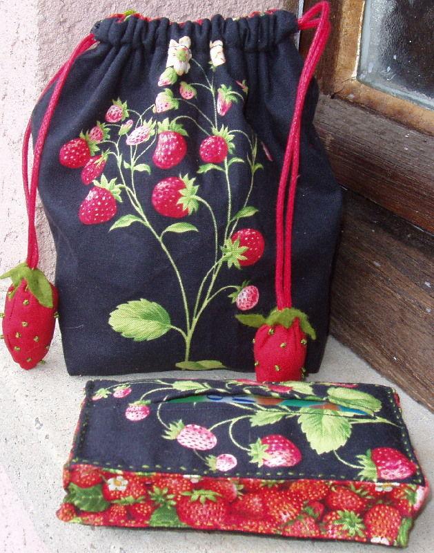fraises tissu andover by bob van osten