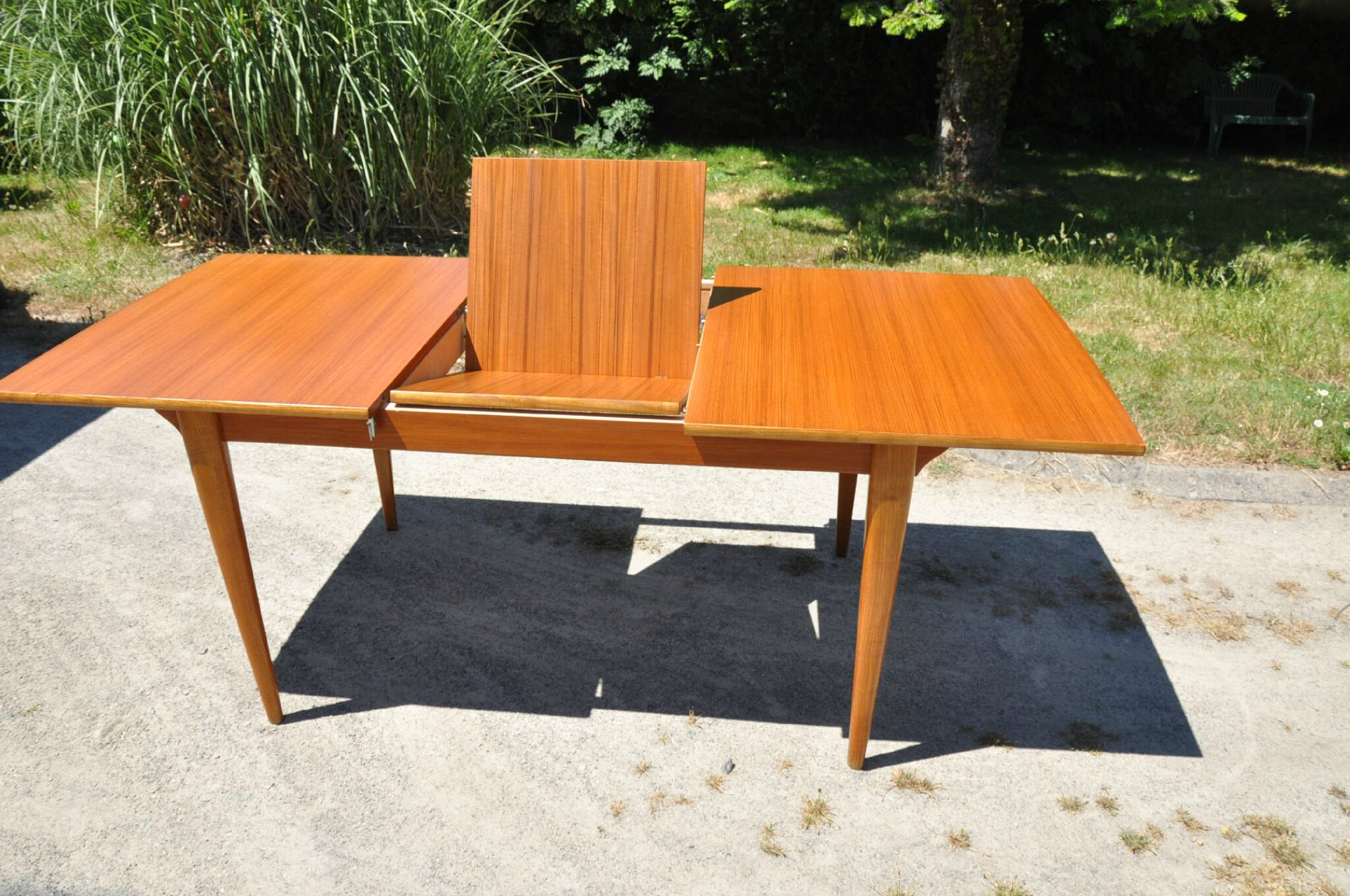 Table scandinave rallonge conceptions de maison for Table rallonge scandinave