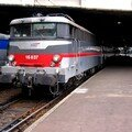 BB 16 037 'multiservice' quittant St Lazare