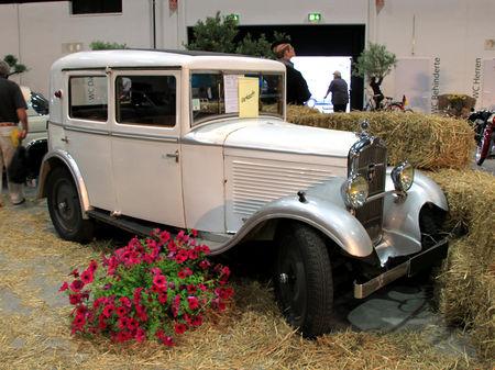 Peugeot_201_type_C_de_1932__RegioMotoClassica_2010__01