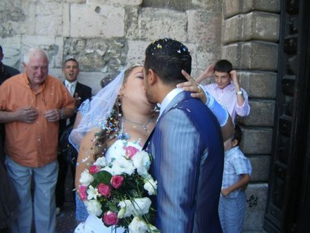 Eglise_devant_kiss