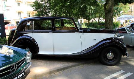 Rolls_Royce_silver_wraith_sedanca_de_Ville_de_1950__34_me_Internationales_Oldtimer_meeting_de_Baden_Baden__02