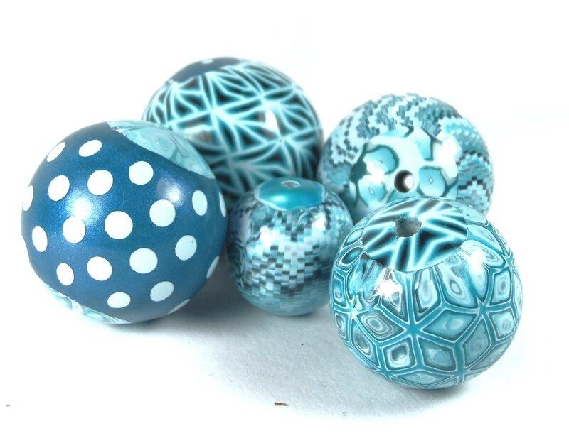 Perles turquoises 1