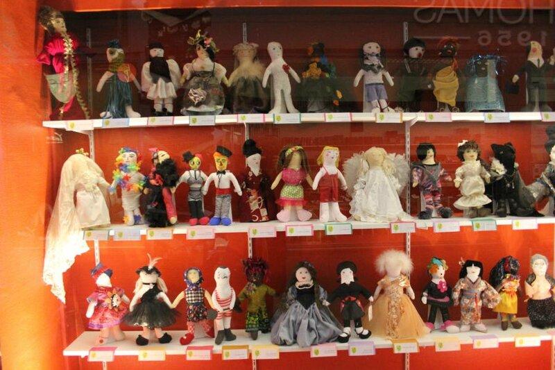 Espace international, Arcades, St Etienne. Expo Frimousse par les créatrices ligériennes UNICEF