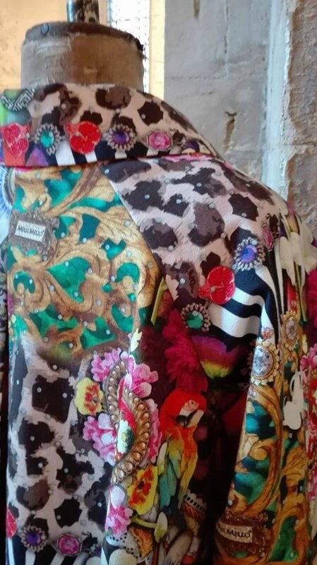 Veste VICTORINE en toile de coton imprimée zèbre-léopard-rose-violet - Doublure de satin noire (1)