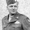 T/sgt donald g. malarkey. 2nd battalion / easy company / 506th parachute infantry regiment / 101st airborne division.