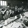 Repas des anciens [1] (06-05-1984)