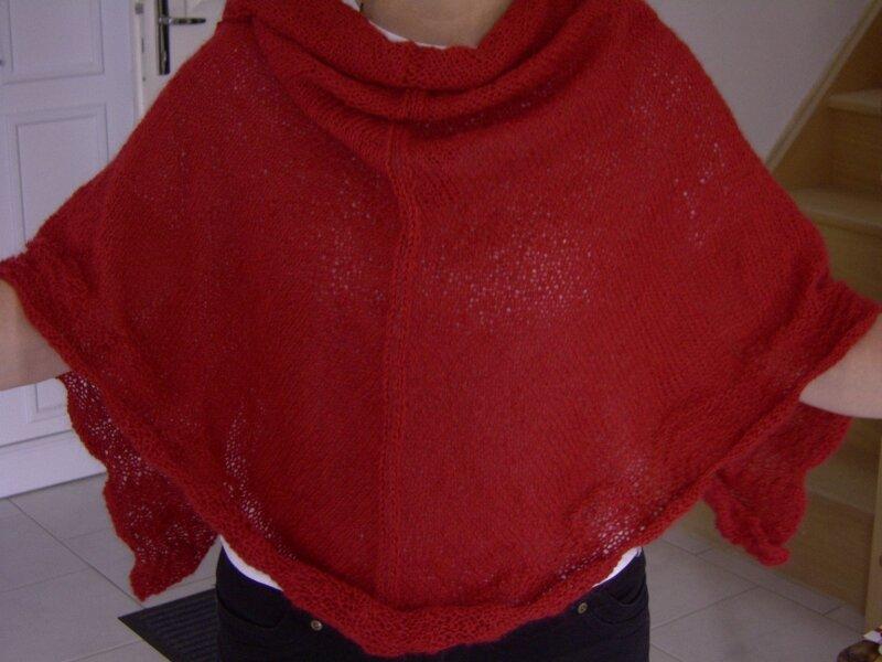 Châle rouge par catherine