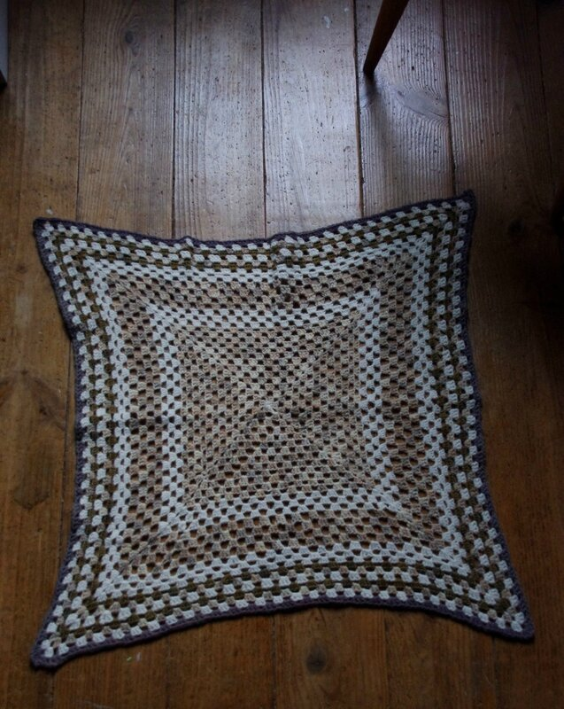 Feedefil-couverture au crochet (11)