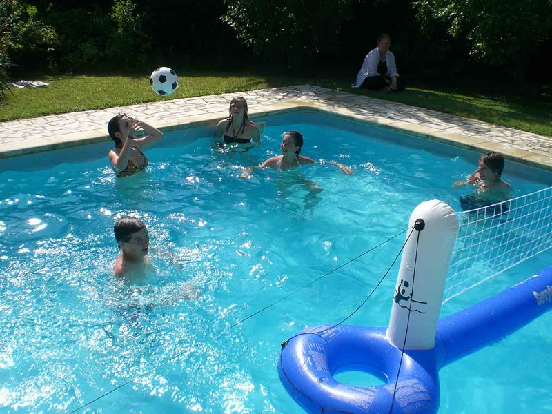 Piscines r glementation et s curit des enfants le for Reglementation piscine semi enterree
