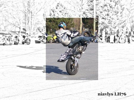 Motards_acrobates_10