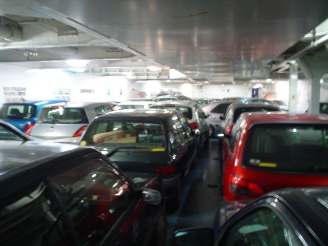 le garage un v ritable puzzle photo de corsica ferries 2005 les humeurs d 39 athanase. Black Bedroom Furniture Sets. Home Design Ideas