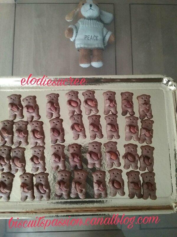 Minis Nounours aux amandes 036
