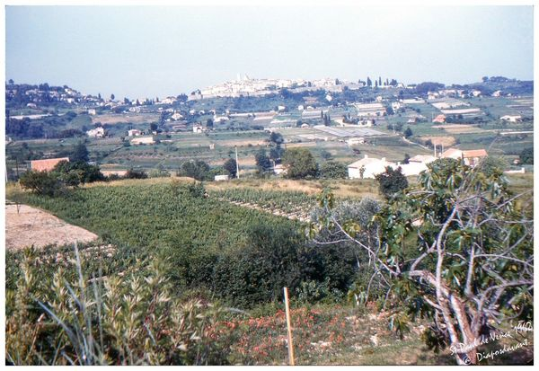 St_Paul_de_Vence_1962red
