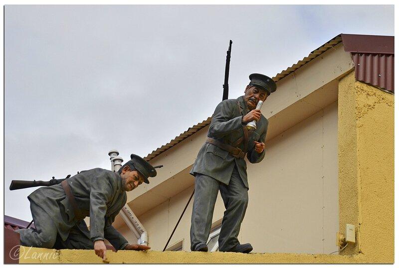 _Argentine_221_5_Ushuaia_facade_police