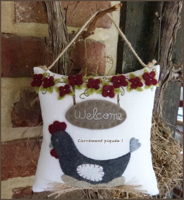 coussin-welcome-poule-2015