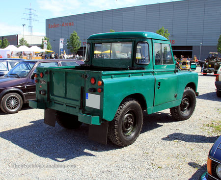 Land_rover_serie_II_pick_up__1958_1969__RegioMotoclassica_2010__02