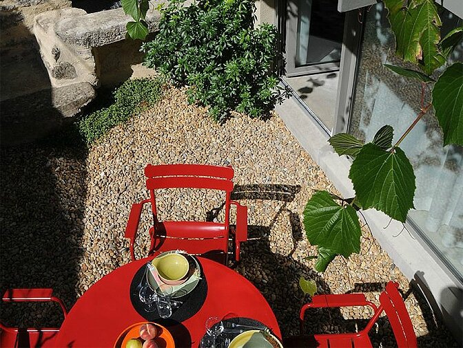 modern_vacation_rentals_provence_france_005