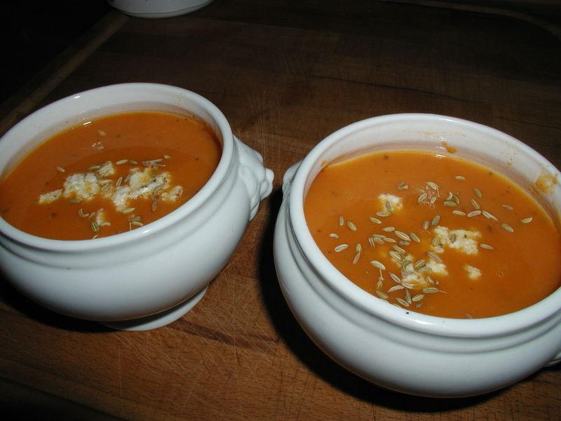 velouté de carottes et carvi ( cumin)