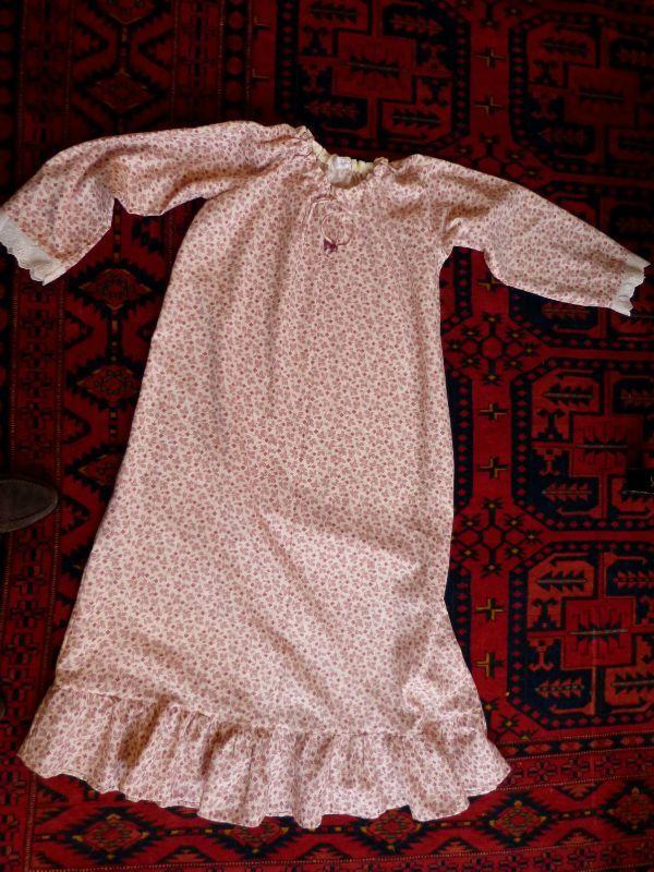 chemise de nuit d 39 hiver pour jeune fille de 11 ans bigmammy en ligne. Black Bedroom Furniture Sets. Home Design Ideas