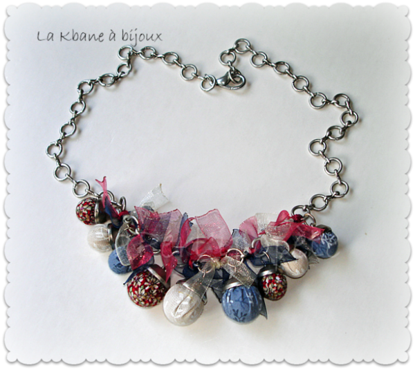 collier bleu blanc rouge1