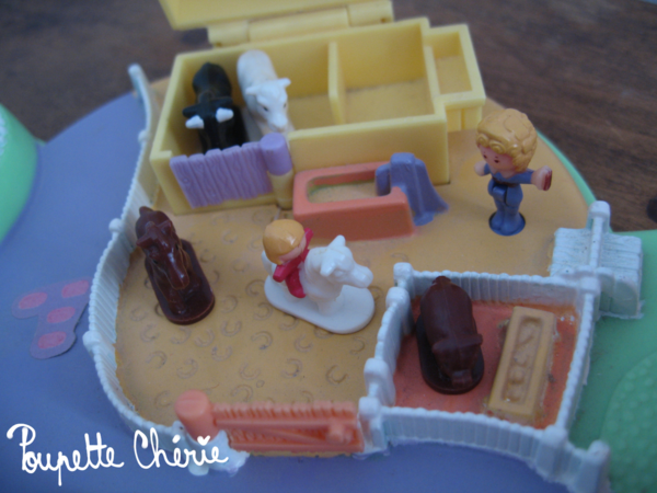Polly Pocket grande ferme 09