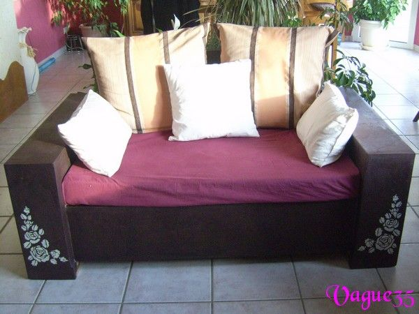 mon nouveau canap meubles carton objets carton bijoux fimo mes bricoles. Black Bedroom Furniture Sets. Home Design Ideas