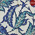 Carreau aux deux palmes bleues, turquie ottomane, iznik, déb. xviie siècle