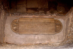 Abbaye_Saint_Victor_Pierre_tombale_d_Isarn_Marseille_59