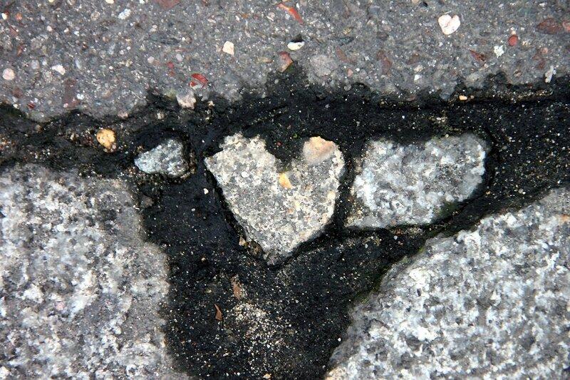 4-coeur, pierre, trottoir_4443