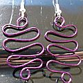 wire ondulation violet