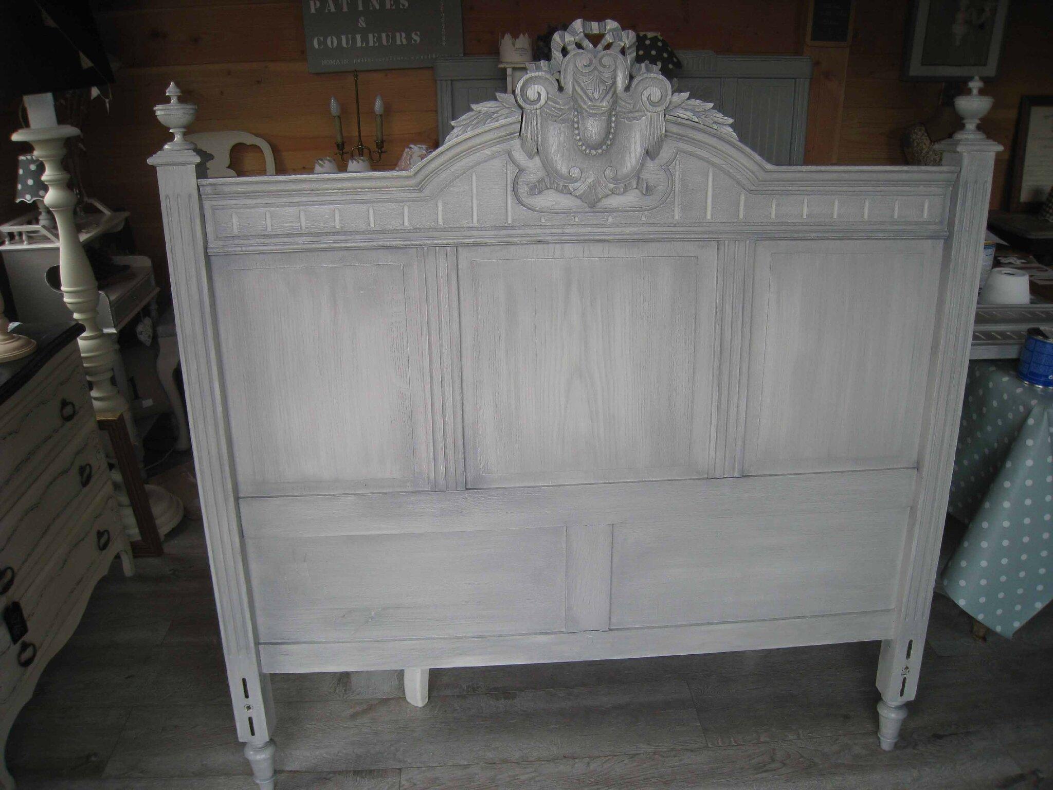 Img 5838 photo de une chambre coucher relook e 3 patines couleurs for Peindre meuble bois en blanc