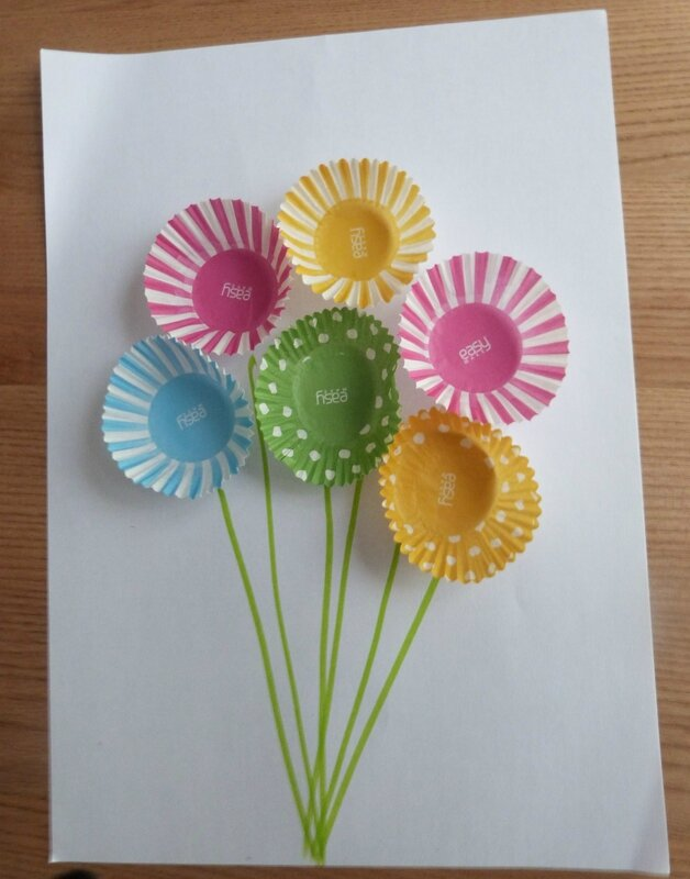 Id enfants un bouquet de fleurs en papier id es - Creation papier crepon facile ...